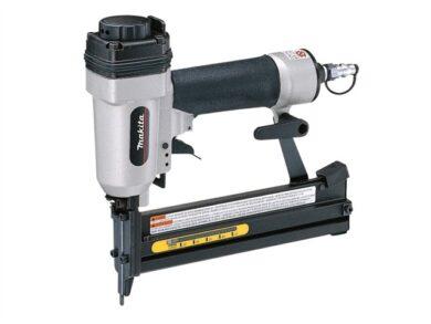 MAKITA AT638 Pneumatická sponkovačka 38mm(7868160)