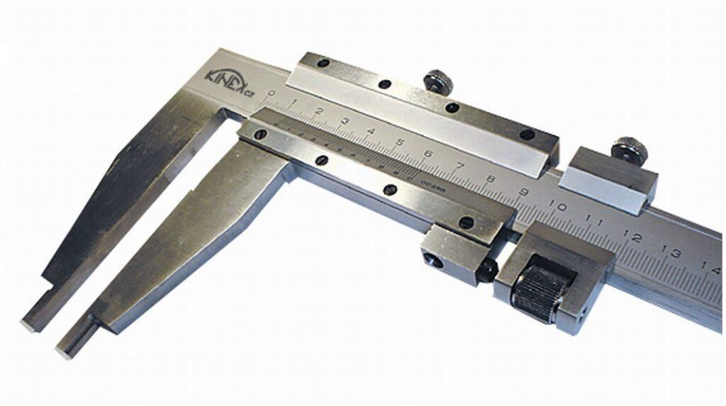 KMITEX 6018.200 Posuvné měřítko se šroubkem 1500/200 0.05mm ČSN251230 DIN862